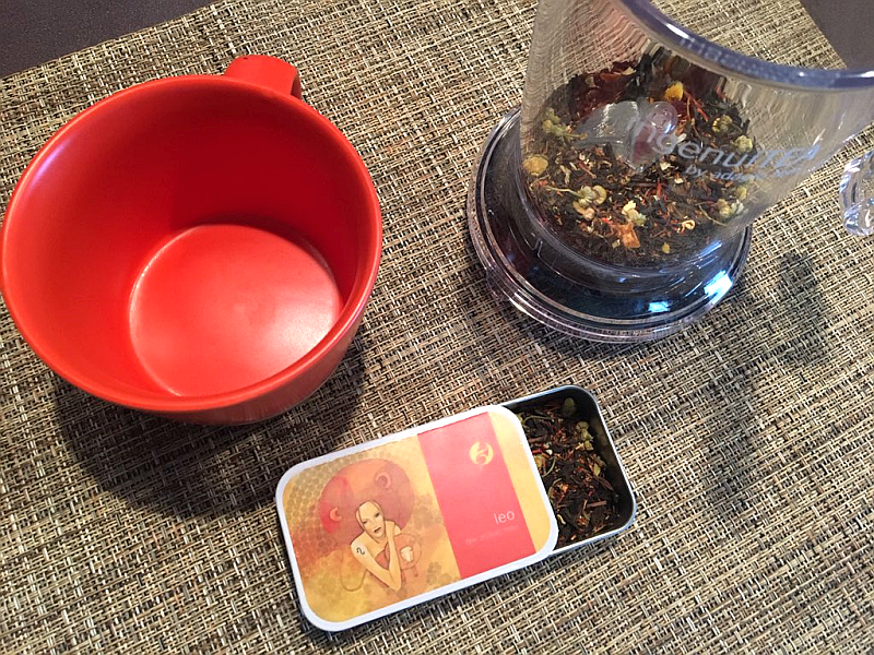 Adagio Leo Tea and ingenuiTEA Brewer